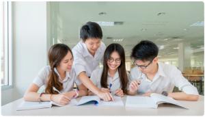 Ujian Sekolah Berbasis Aplikasi